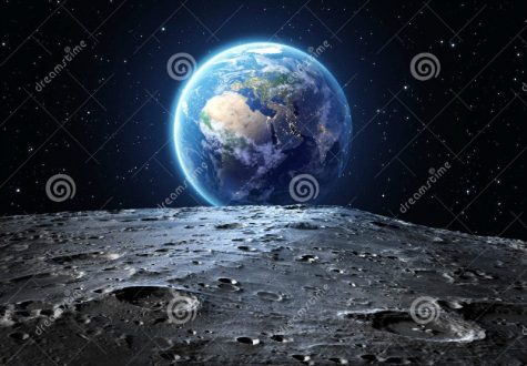 Oxygen Atoms from Earth Bombard Moon