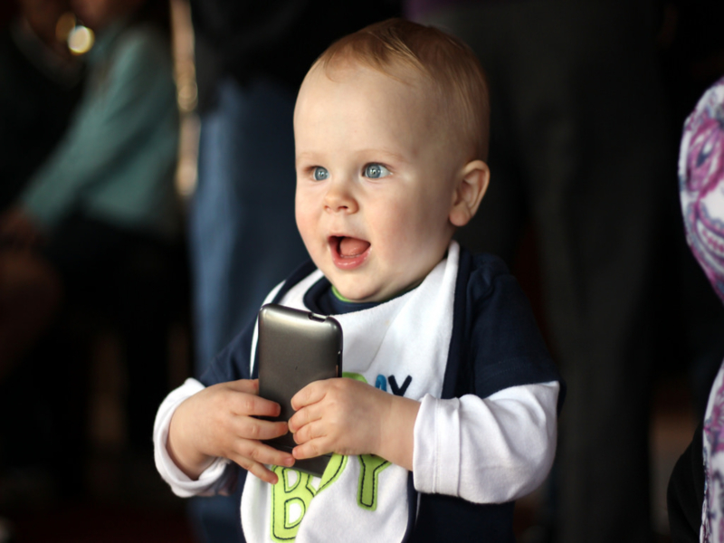 baby+on+a+phone