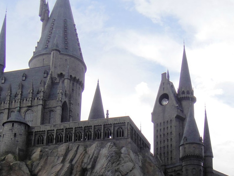 Hogwarts+castle+at+the+Wizarding+World+of+Harry+Potter+at+Universal+Studios