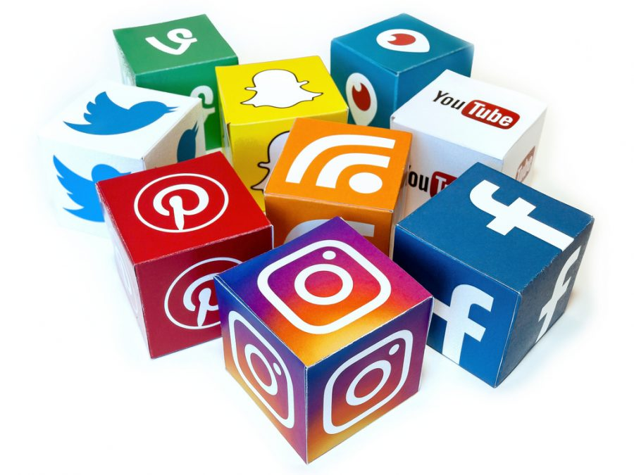 Is Social Media Affecting the Lives of Young Teens?